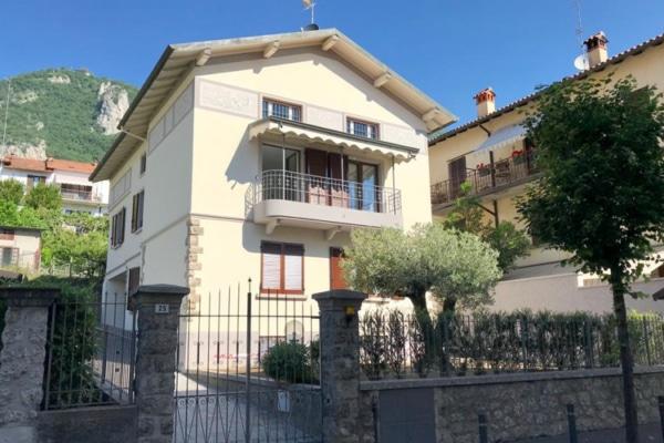 Villa bifamiliare Lovere